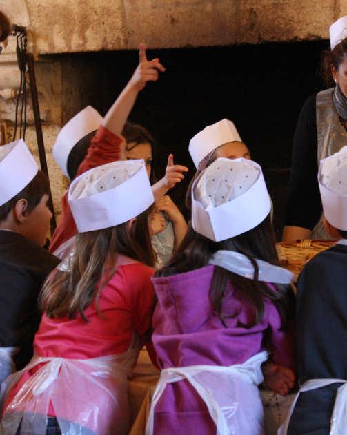 Préparation de repas par les élèves