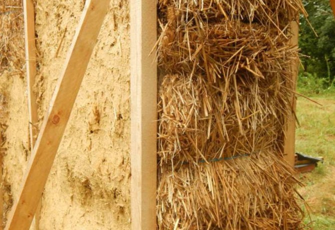 Stage pour contruire une maison en paille