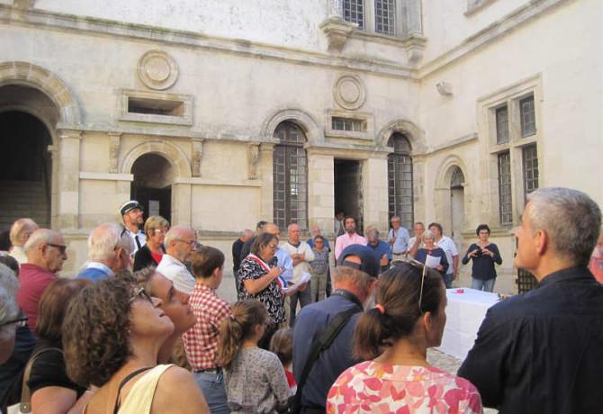 discours d'inauguration de la Mairesse Château de Varaignes
